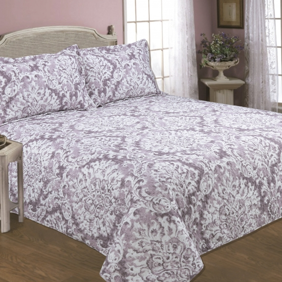 Printed butty bedspread...